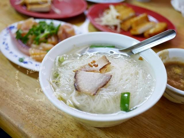 【吳大妮專欄】高雄鹽埕阿標米粉湯~傳統的古早好滋味
