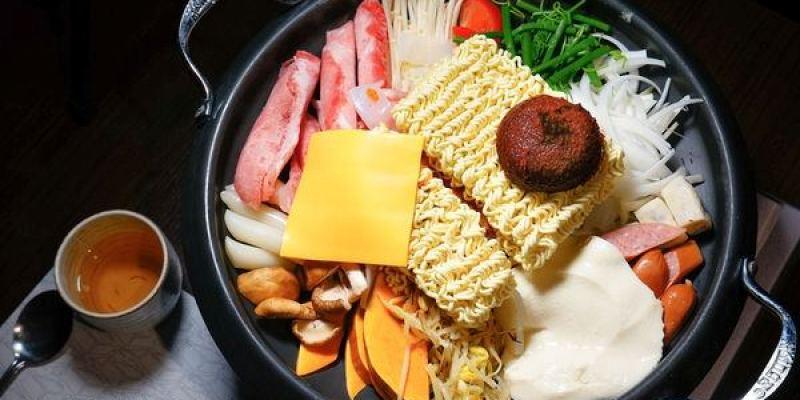 高雄美食 前鎮區/玉豆腐家樂福成功店-吃了會喊맛있다的韓味~一起瘋韓食咩
