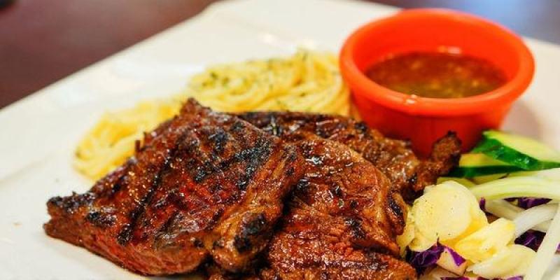 【美食】高雄 牛騎士美式碳烤牛排(已歇業)