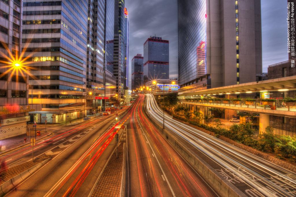 【香港】。一星期內搞定香港自由行 │ 初拍香港車軌之中環夜太美!!! - [自己的小小世界] 旅遊.攝影