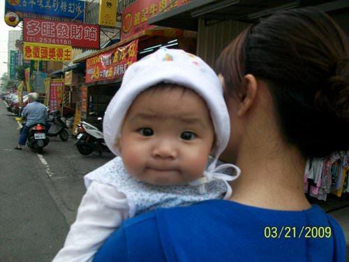 980506-8個月大的妹妹