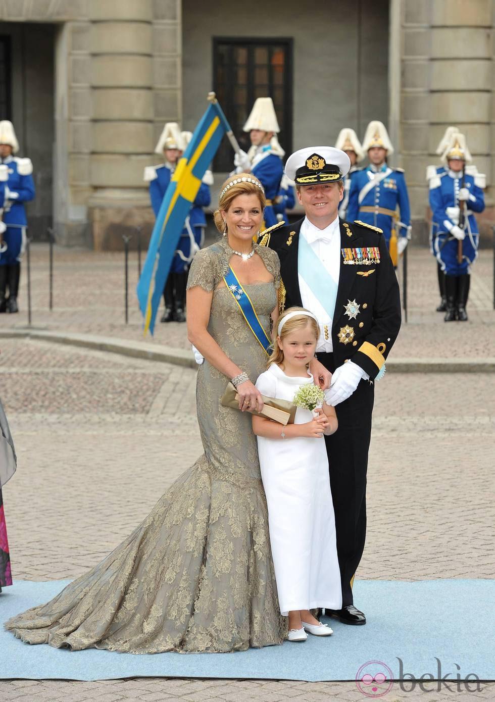 Guillermo y Mxima de Holanda con la Princesa Amalia en la