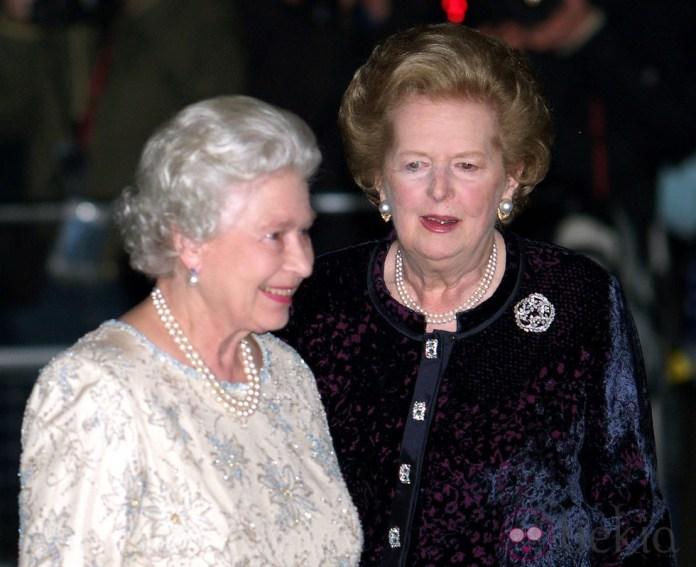 Resultado de imagen para Fotos de la Reina Isabel II y Margaret Thatcher