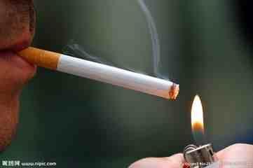 吸烟对身体的危害太大,烟民多注意!
