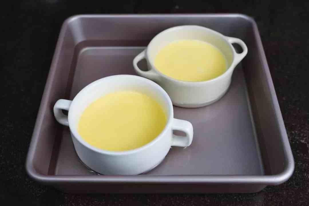 焦糖布丁自己做很简单,最经典的法式甜点,来个美好的下午茶时光