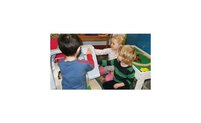 Cooperative Play Examples 7 Toddler Games To Teach