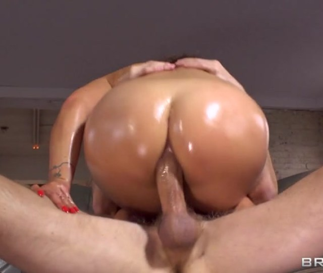 Watch As She Sucks It Fucks It And Even Takes It Balls Deep In Her Lovely French Asshole