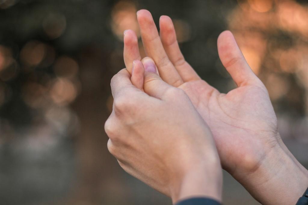 bluterguss im finger