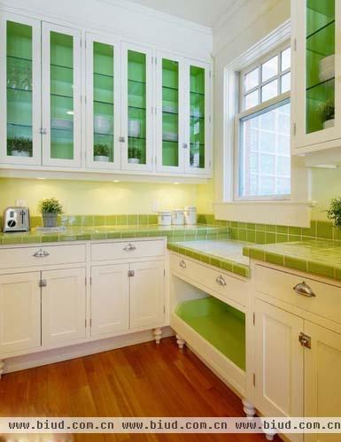 white kitchen backsplash ge slate 白色橱柜如何配砖-厨房墙砖白色橱柜搭配-白色橱柜搭配瓷砖-白色橱柜灰色砖-白色瓷砖配橱柜图片