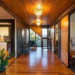 Backyard Kitchen Designs Counter Chairs 几何与线条 澳大利亚集装箱别墅 - 家居装修知识网