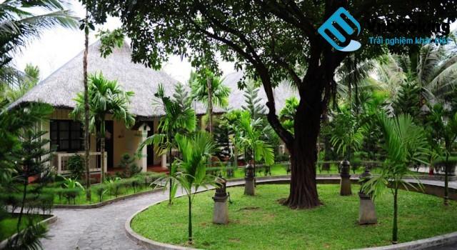 khuon vien sasco blue Lagoon Resort