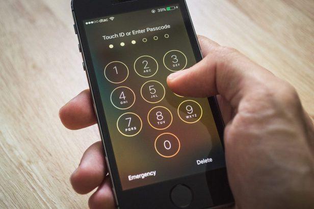 Antes de las apps de reconocimiento facial se usan claves PIN o patrones de desbloqueo