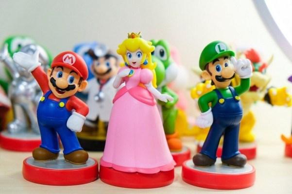 Super mario, Peach y Luigi