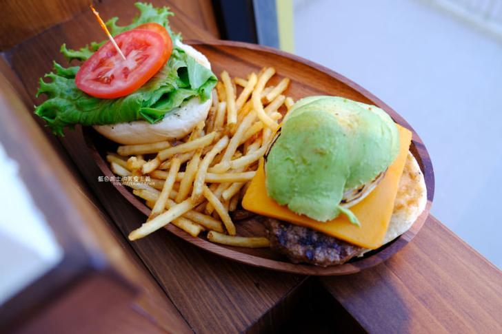 20181204011953 53 - KUA`AINA夏威夷漢堡-來自夏威夷,歐巴馬也愛的漢堡店,台中三井OUTLET吃得到了