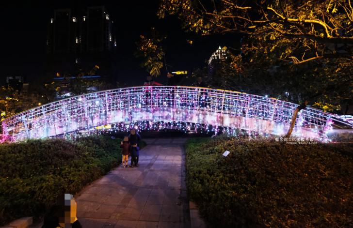 20190213235118 58 - 2019中台灣元宵燈會-新打卡點創意皮克區,還有限量飛天豬小提燈發放時間和晚會活動及交通資訊