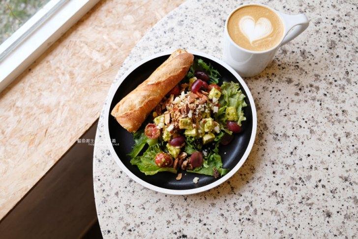 20190622120034 98 - Solidbean Coffee Roasters-精誠商圈巷弄白色系自家烘焙推薦咖啡館,台中推薦輕食、咖啡跟甜點口袋名單