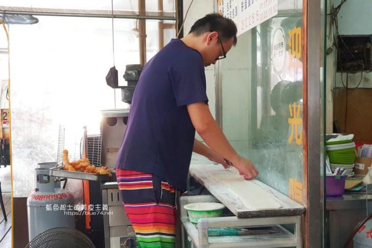 20191017073300 67 - 長江早點-台中人氣排隊中式早餐,肉包現做現蒸,燒餅油條蛋來一份,鹹豆漿份量足