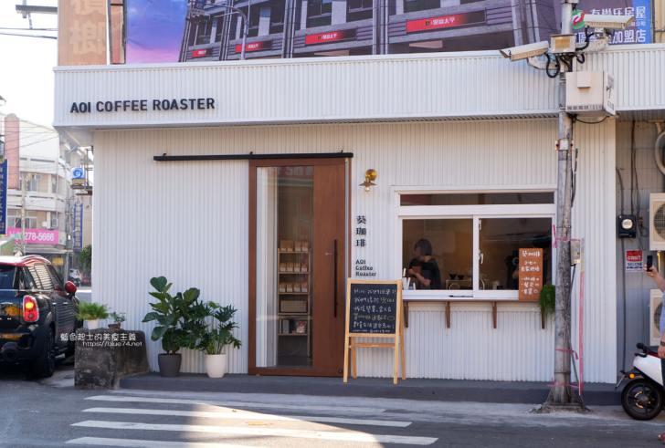 20191201113738 42 - 葵珈琲│太平自家烘焙咖啡,白色系咖啡館,一大早就有營業,來吃早餐喝咖啡吧