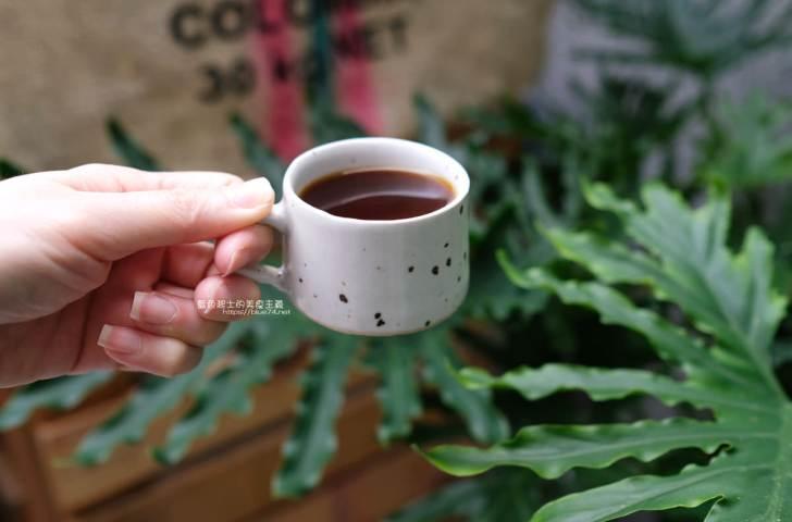 20200104182205 22 - 細水焙煎所 預約制自家烘焙咖啡,最近很夯的老屋庭院甜點咖啡