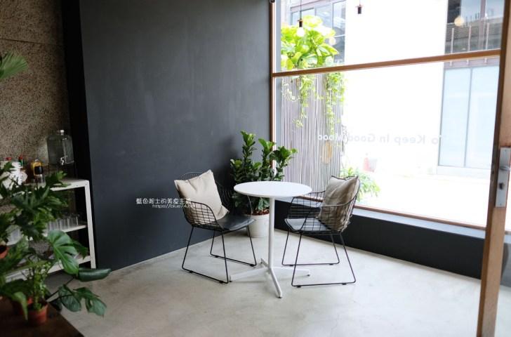 20200728144249 79 - Giocoso pasta&cafe|沉穩外觀純白色系明亮好拍內用空間,寵物友善餐廳