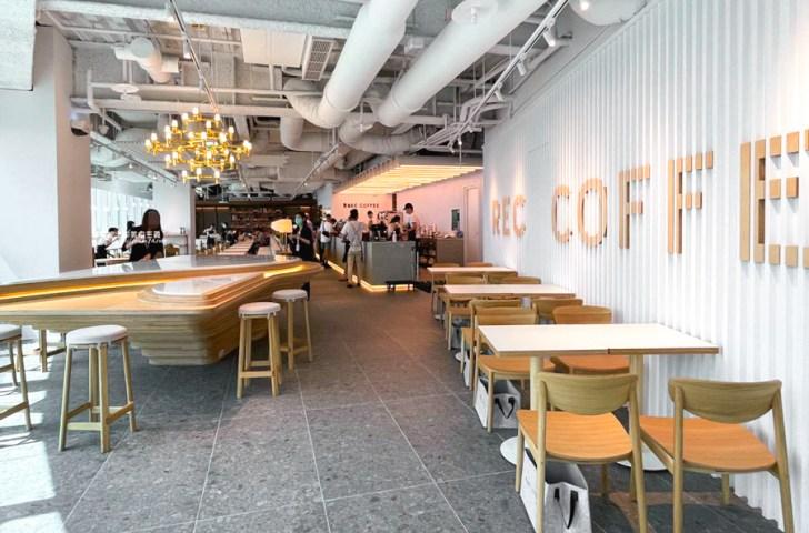 20210412185825 86 - REC COFFEE Taiwan│來自福岡的世界級咖啡店,眺望台中美景