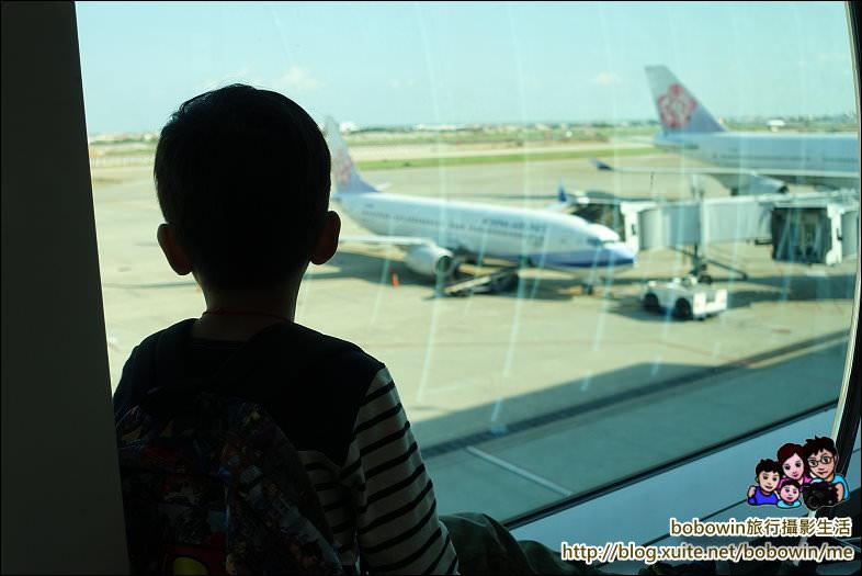 《 日本廣島自由行 》廣島直飛航班資訊,飛機機位選哪邊,才能看見最美的瀨戶內海景色 - 寶寶溫旅行親子生活