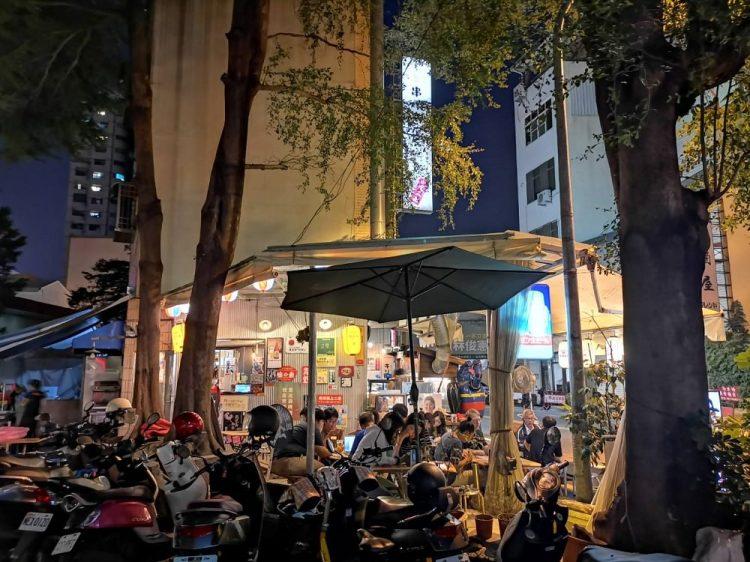 歐野基串燒き屋台。路邊露天燒烤店,碰運氣美味|台南中西區美食