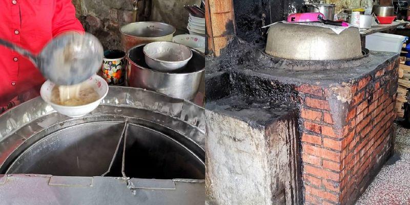 柴燒豆漿。傳統大灶柴燒熬煮│保安市場50年無名早餐店