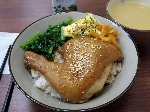 【台南 東區】給人溫暖的暖暖家食堂,藏身小巷的好滋味
