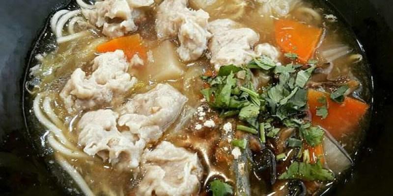 【台南 中西區】台南特殊的美食,古早味魯麵