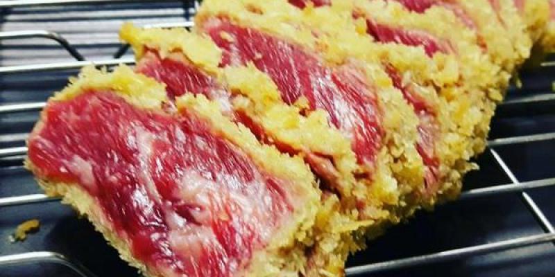 【台南 中西區】牛排炸過再烤好美味!自己的熟度自己決定