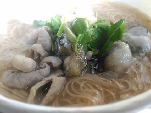 【台南 安平區】平民小吃【大腸蚵仔麵線】要好吃,來看好撇步!