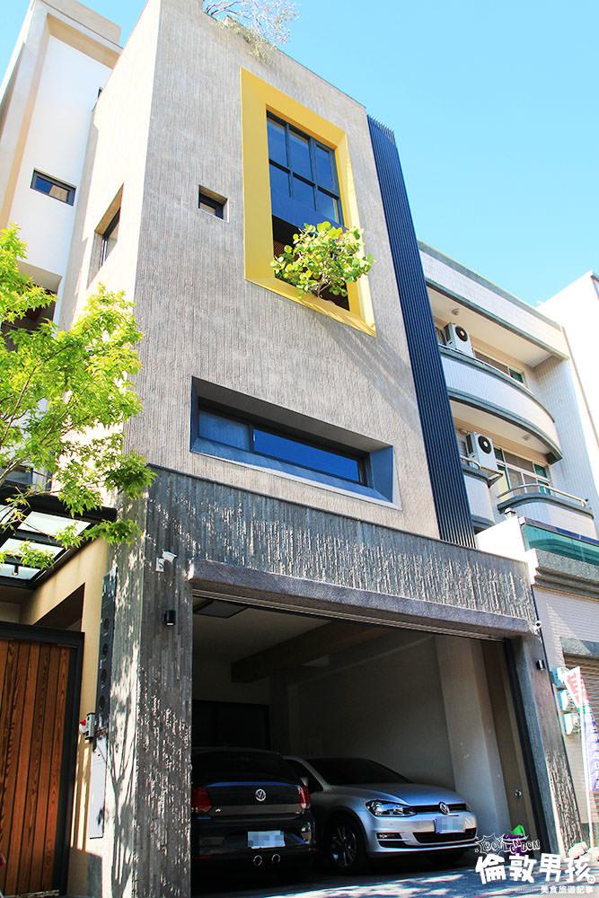 台南東區巷弄間的自然輕豪宅!滿滿陽光、自然風與植栽~重點生活機能、學區皆OK