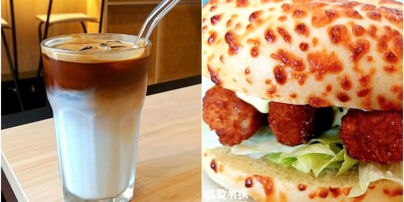 台南二合一咖啡店「慢漫咖啡 Mon Cafe」,貝果 Mix 咖啡的早午餐、下午茶!