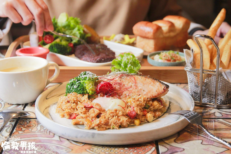 台南異國料理美食,美式鄉村工業風的「艾柏達咖啡餐酒館」聚餐新選擇!