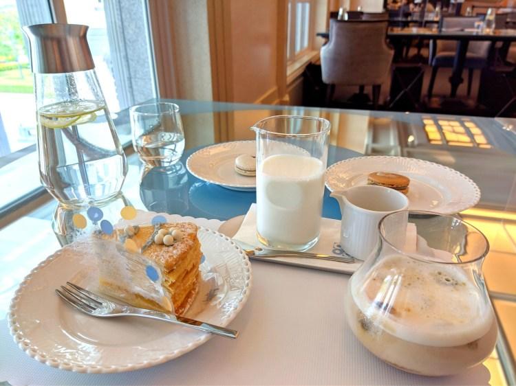 台南 仁德區 深藍咖啡館|咖啡|千層蛋糕|在奇美博物館內享用美味下午茶