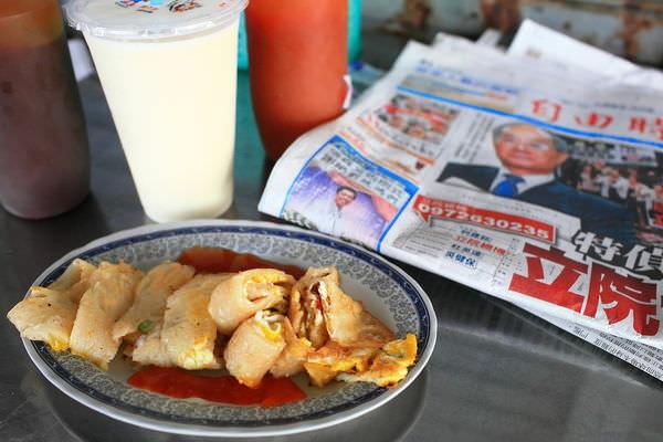 台南友愛街「徐媽媽早餐店」的必吃、人氣沙茶蛋餅!