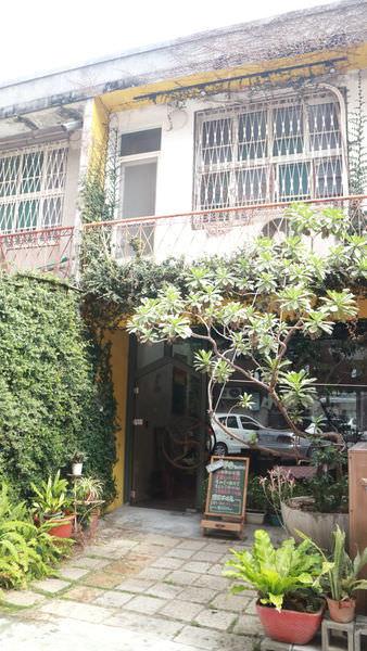 台南小曼谷,主打好吃的泰式早午餐泰式料理~Mascot Bar哥德教堂全新打造的老屋生活美學
