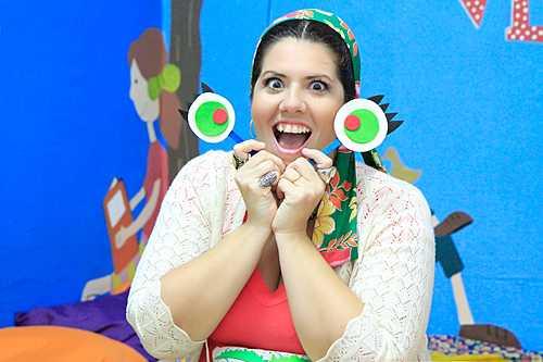 Pela internet, contadoras de histórias entretêm crianças durante quarentena