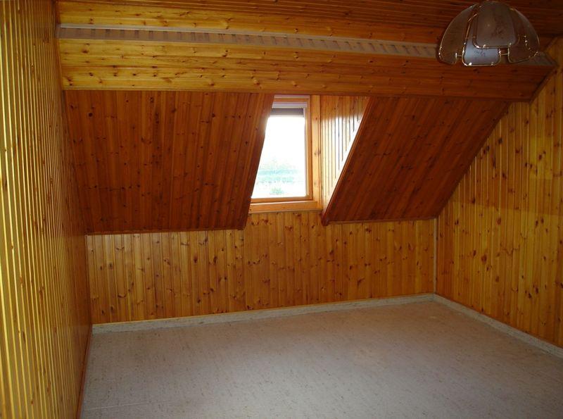 Isolation des murs sous toiture