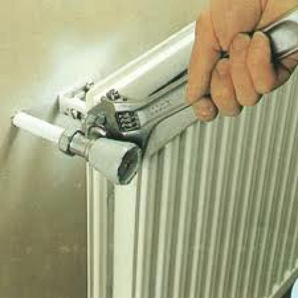 Comment purger des radiateurs en fonte SANS purgeur