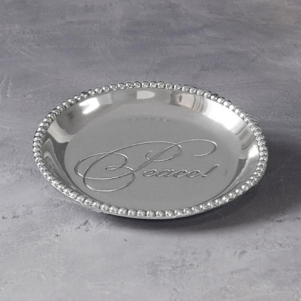 Beatriz Ball Organic Pearl Rnd Engraved Tray