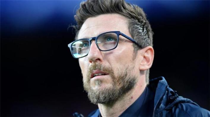 صدام ريال مدريد يحسم مستقبل دي فرانشيسكو مع ذئاب روما - بطولات