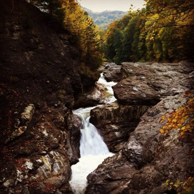 cascada-putnei