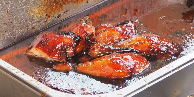 <台中清水> 臘哥蜜汁燒雞,每星期只營業一天的燒臘小舖,燒雞油油亮亮,超誘人!(台中燒臘/海線美食/清水美食)