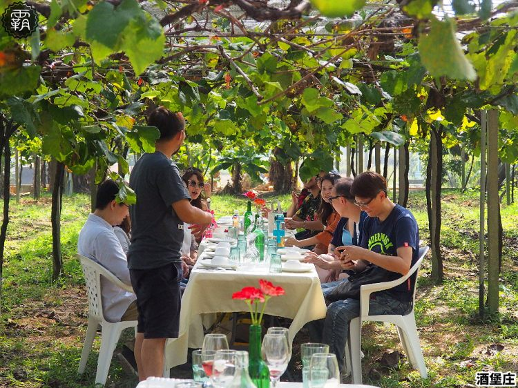 <台中外埔> 外埔永豐社區休閒農村行,酒堡庄的葡萄樹下餐桌,享用在地食材製作的餐點!