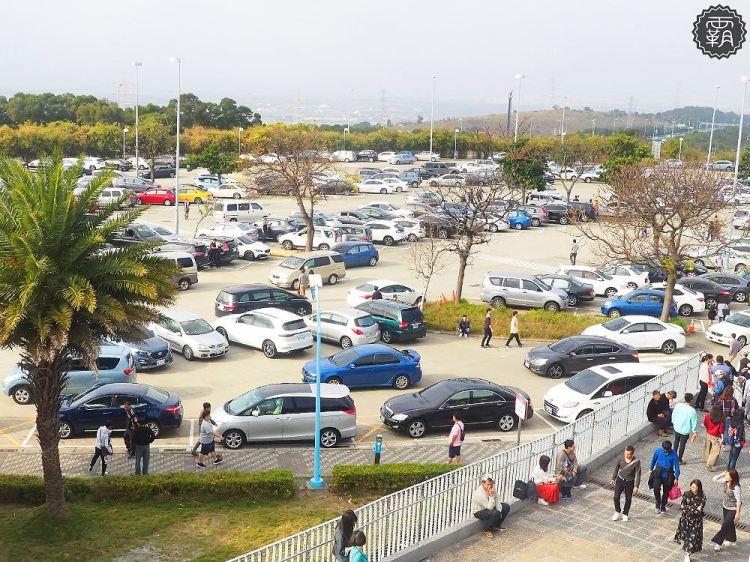 <春節疏運> 2019春節連假國道交通疏運整理,含高乘載管制、重點壅塞時段、收費措施等資訊。
