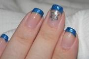 super pretty hanukkah nail art
