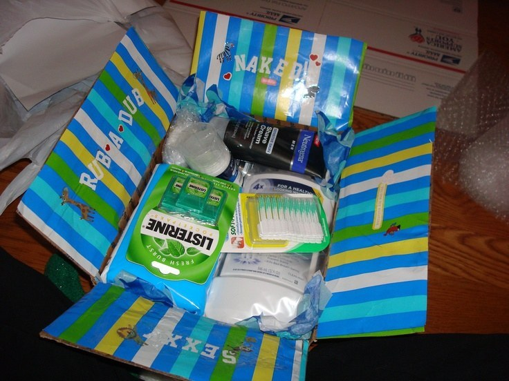 16 care packages that