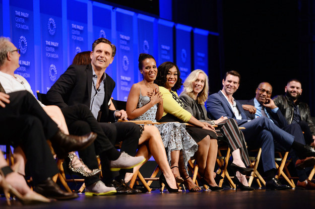 Last night, Shonda Rhimes and the cast of Scandal sat down in front of an audience of gladiators as part of The Paley Center for Media's PaleyFest 2016 at the Dolby Theater in Hollywood.